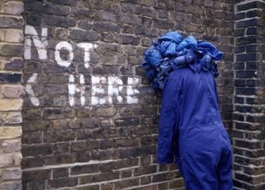 http://www.depont.nl/uploads/tx_userdepont/2008.Diepens.NOT_HERE.jpg